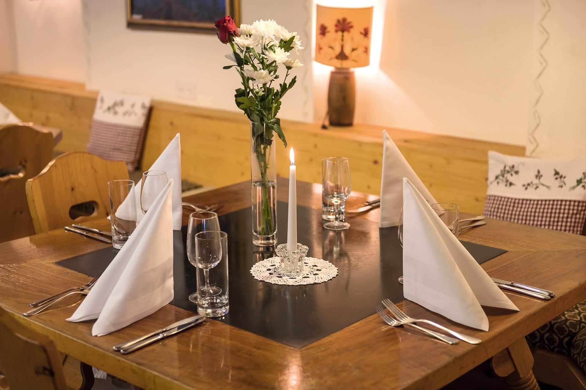 Engadiner Stübli und Restaurant